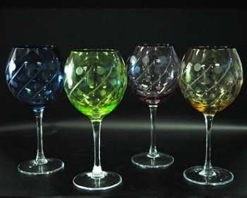 Color decorated glass