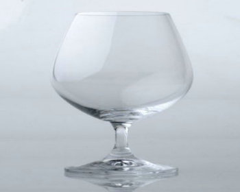 Plain wine glasses