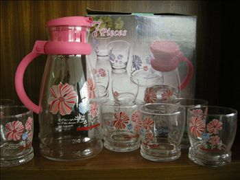 Glass pitchers set