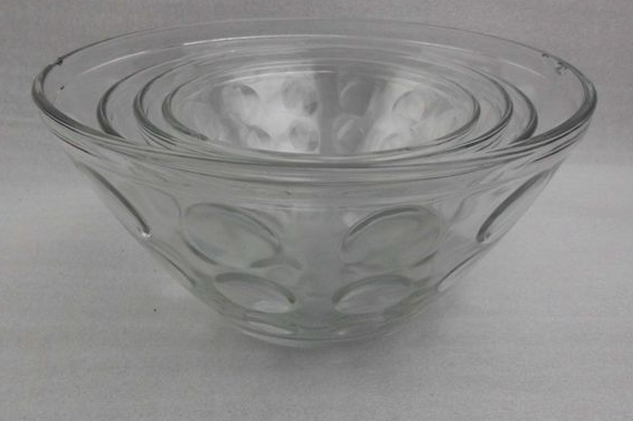 Glass bowl