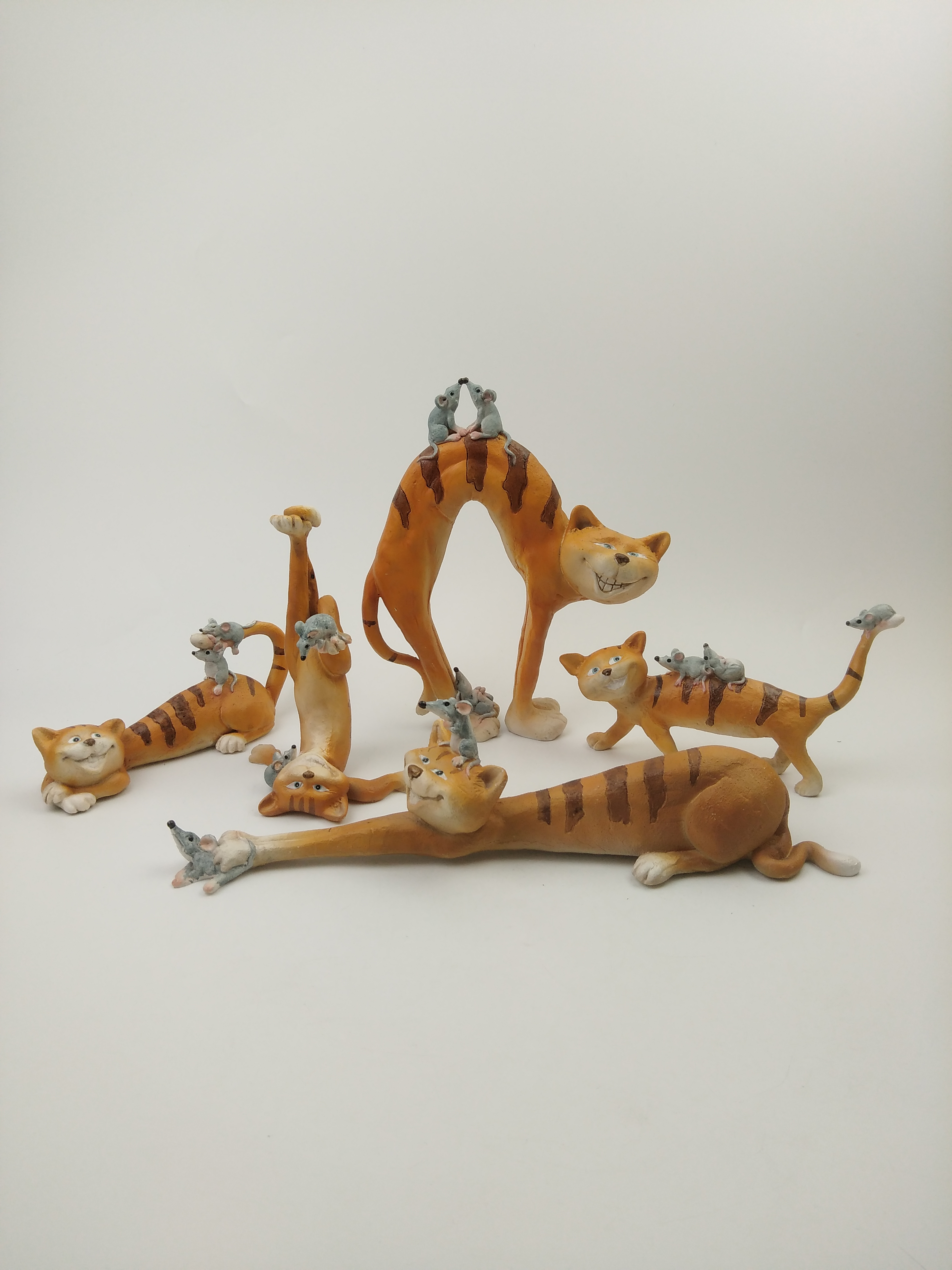 Jumping Tiger Resin Handicraft